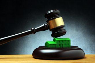Kamerleden zeer kritisch over inbreukprocedure woningcorporaties