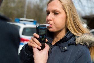 Aangifte tegen politie om gesjoemel aanbesteding alcoholtesters