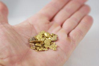 Ministerie BZ wil goudketen transparant maken met blockchain