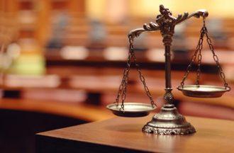 Balans aanbestedingsrecht en zelforganisatie steeds meer onder druk