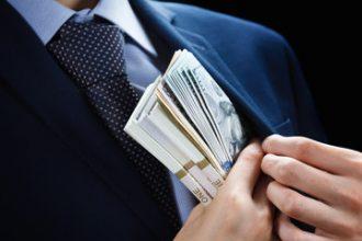Medewerker Rijkswaterstaat fraudeert grootschalig